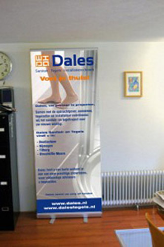 Dales-stand-199x300